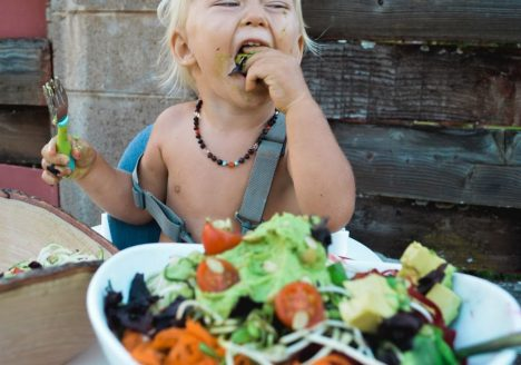 Menjadi Vegetarian Sejak Bayi, Apakah Baik?