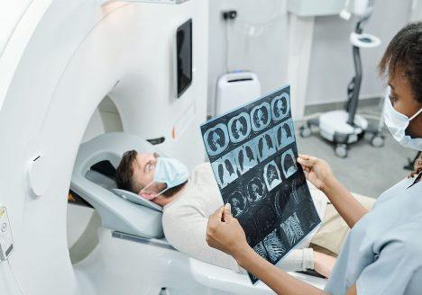 penggunaan AI untuk mendiagnosis Covid-19